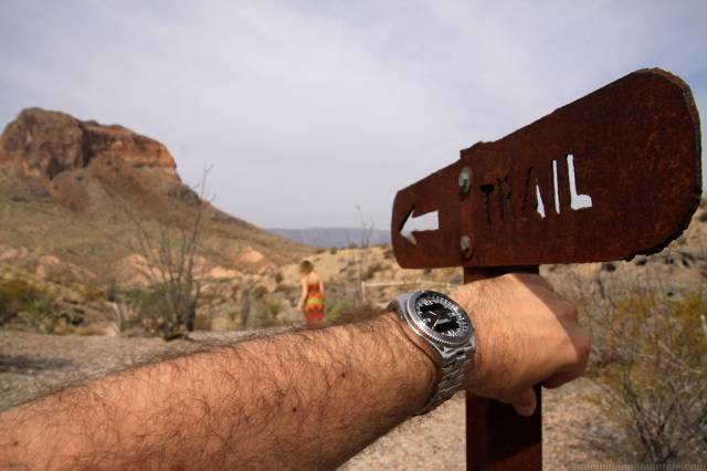B-1 hiking in Big Bend (b-1_bigbend_trail.jpg)