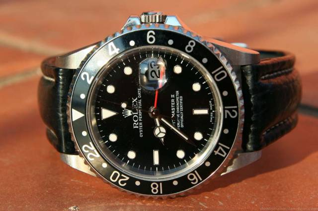 Rolex GMT in black (gmt_black_black-strap.jpg)