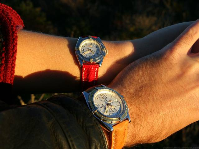 Hers & his Breitling at sunset (hers+his_guilloche_sunset.jpg)