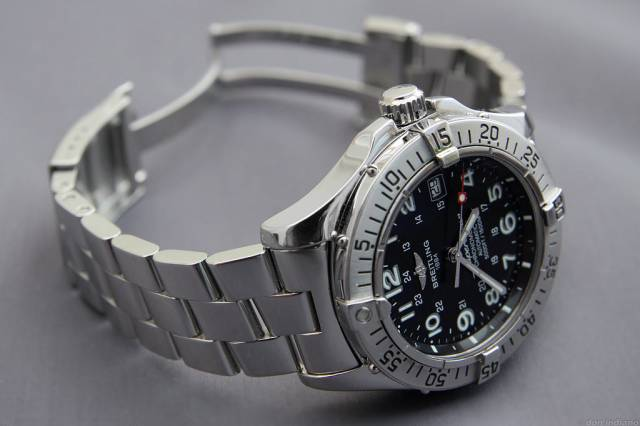 2005 SO on ProII bracelet (superocean_2005_pro2_bracelet.jpg)